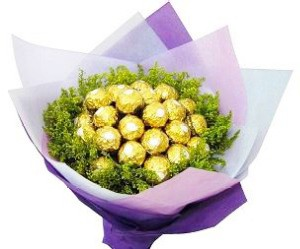 24 ferrero rochers bunch